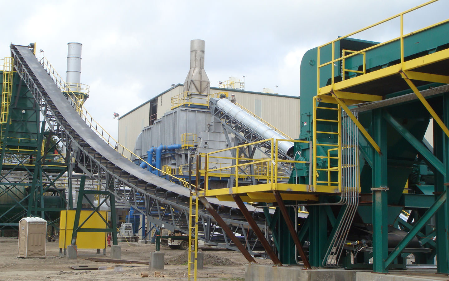 Producing cost effective wood pellet fuels.